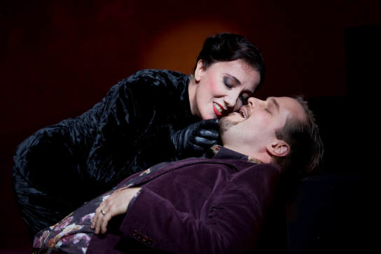 Monica Bacelli (Diana) and Lawrence Zazzo (Endimione)